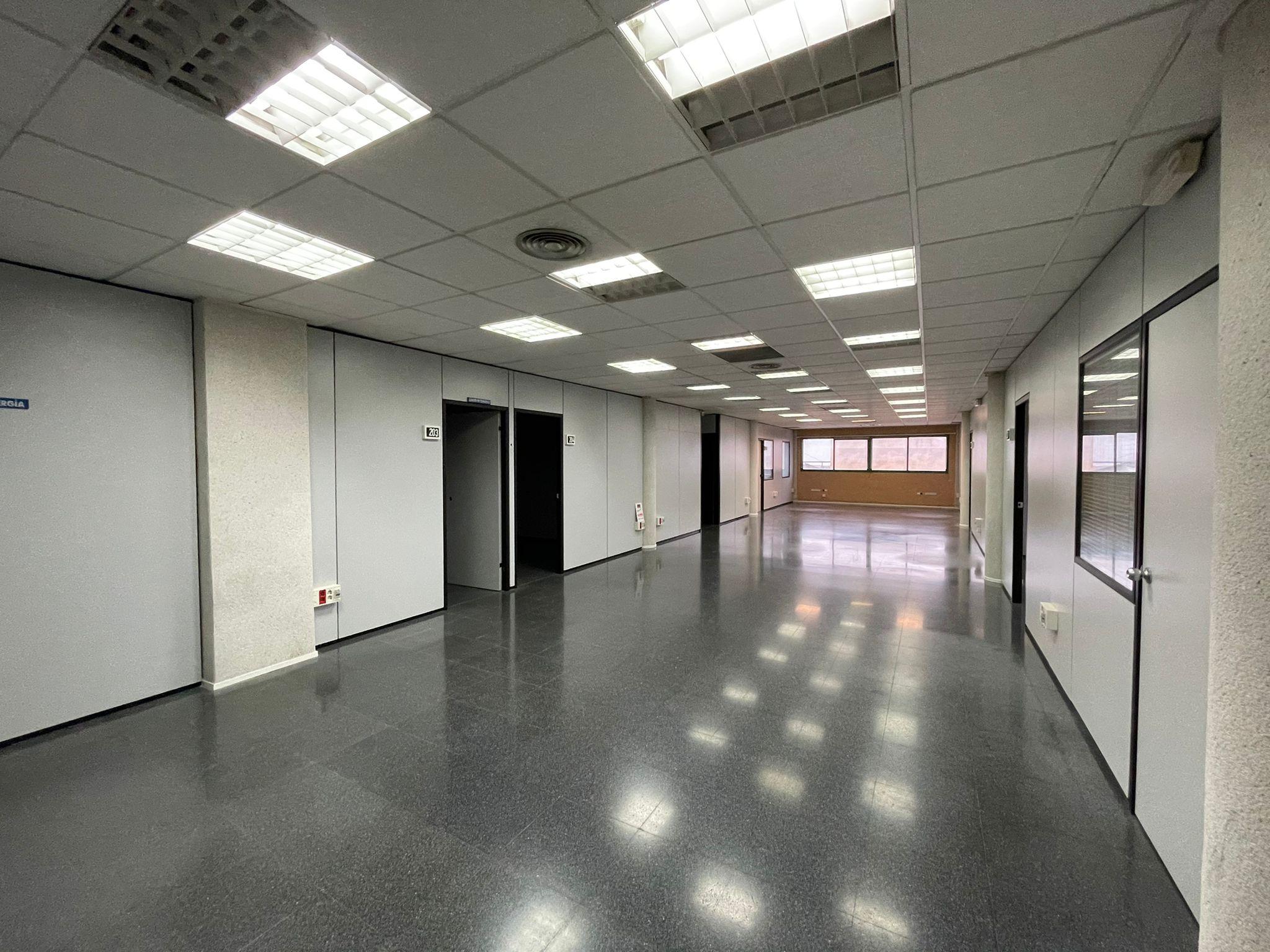 Venta de oficinas tpf consultora inmobiliaria for Oficina de extranjeros valencia